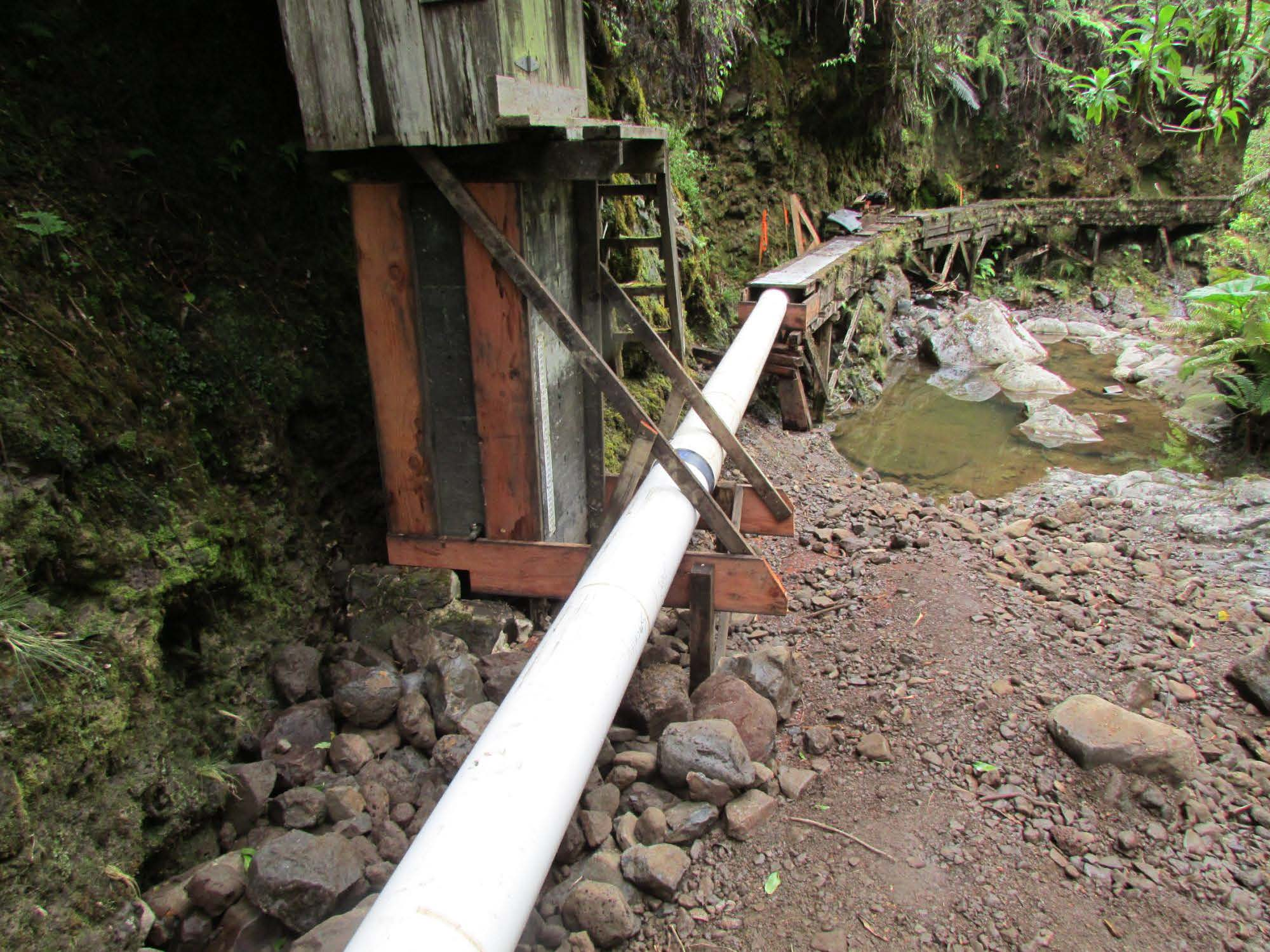 Before-and-after photos of the Waikamoi flume renovation